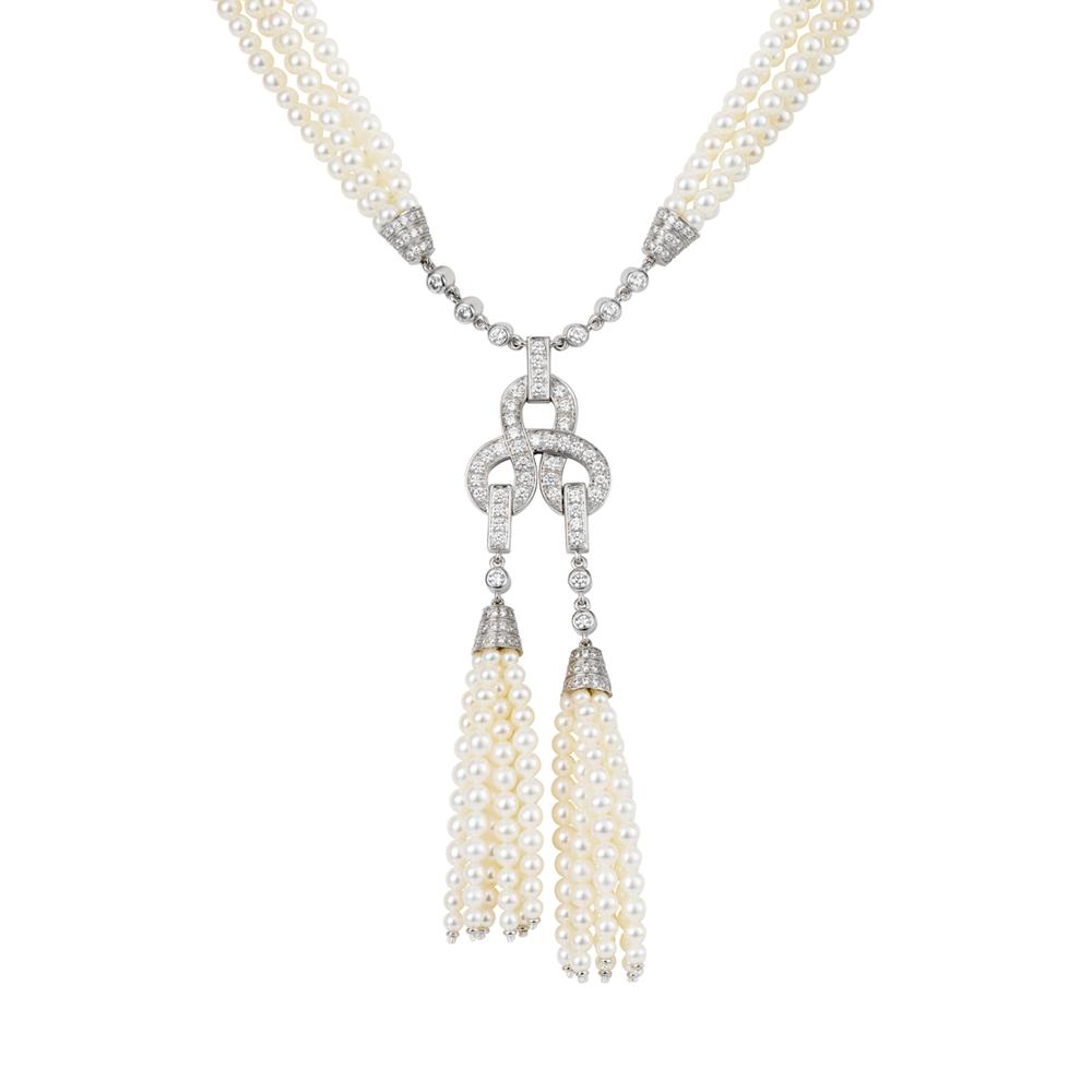 Collar Agrafe motivo doble de Cartier en oro blanco, diamantes y perlas - precio 39.500€