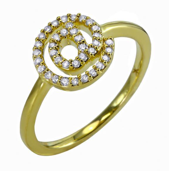 Anillo Arroba en oro y diamantes - U$1.120