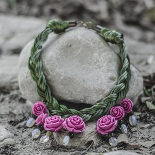 Collar Flores y cerámica