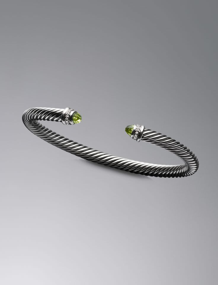 Brazalete Cable de David Yurman con peridotos