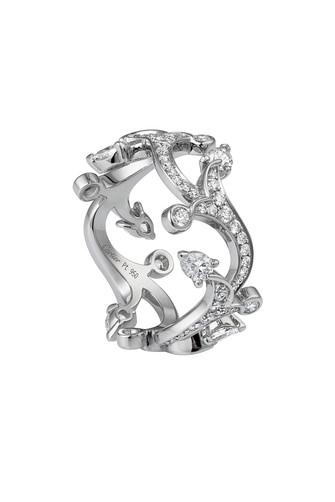 Sortija Cartier en oro blanco y diamantes con estilo Art Dèco