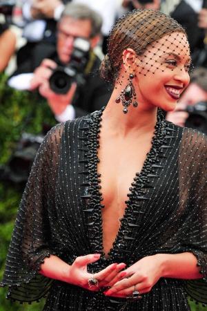 Beyoncé con joyas de Lorraine Schwartz