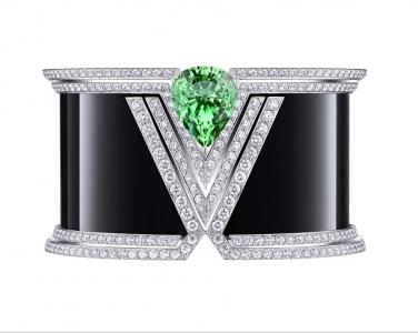 Brazalete Apotheosis Acte V Louis Vuitton en ónix diamantes y una tsavorita en talla lágrima