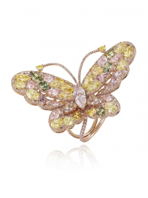 Sortija Mariposa en oro rosa engastada con diamantes fancy de colores y un diamante talla marquesa de 1,51 qts