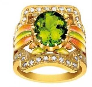Anillo Art Nouveau de Masriera en oro 18 quilates, diamantes y peridoto