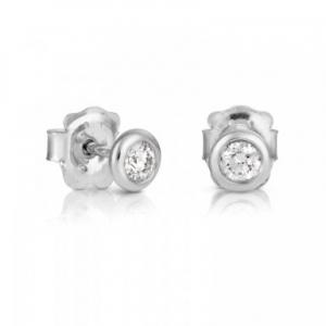 Pendientes botón Les Classiques en oro blanco y diamantes, precio 795€