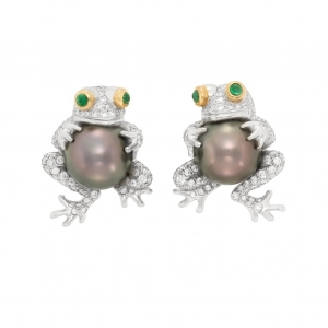 Pendientes Tiffany & Co. en platino, perlas de Tahiti cultivadas, diamantes y esmeraldas en cabujón - estimado entre $8.000 y $1