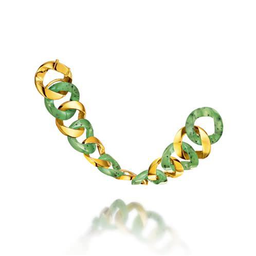Brazalete Curb Link en oro amarillo y jade - 19.500U$