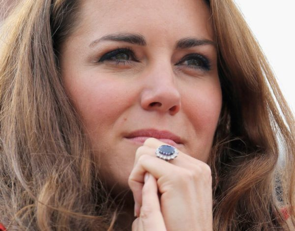 El anillo de compromiso de Kate Middleton y Lady Di