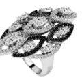 Anillos de compromiso con un diamante negro