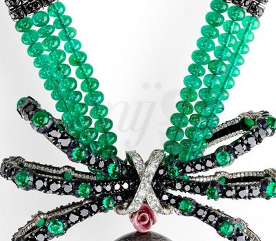 Lazo del collar detalle Huevo de Rosas Alta Joyería Fabergé