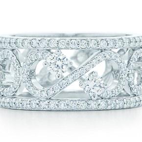 Anillo Volute Enchant en platino y diamantes de Tiffany ideal para alianza boda