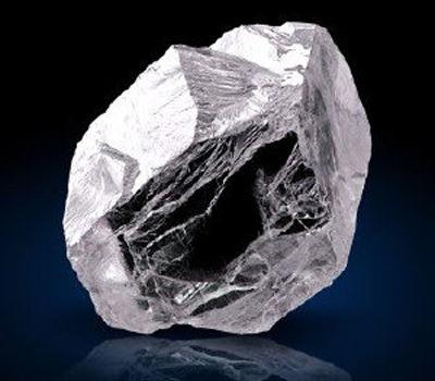 Piedra preciosa diamante en bruto