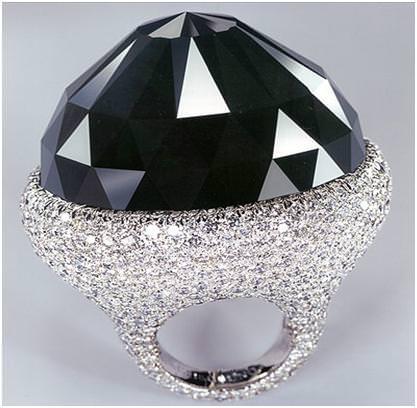 The Spirit of DeGrisogono Anillo de Diamante Negro