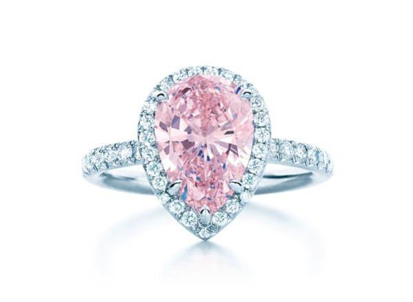 Anillo Tiffany diamante rosa para San Valentin