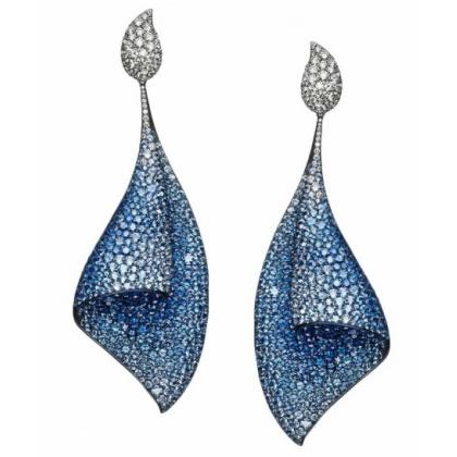 Pendientes Sail en titanio y zafiro azul y diamantes de Adler Joyería