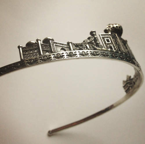 Tiara Taj Mahal Runa Jewellry