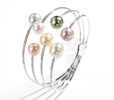 Brazalete Comètes en perlas de Tecla Joyería