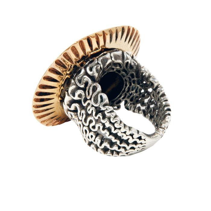 Anillo Medusa Collection de Assaad Awad en oro y plata