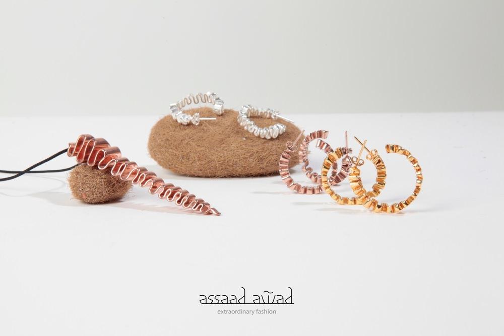 Colgante y pendientes Medusa Collection de Assaad Awad en oro y plata