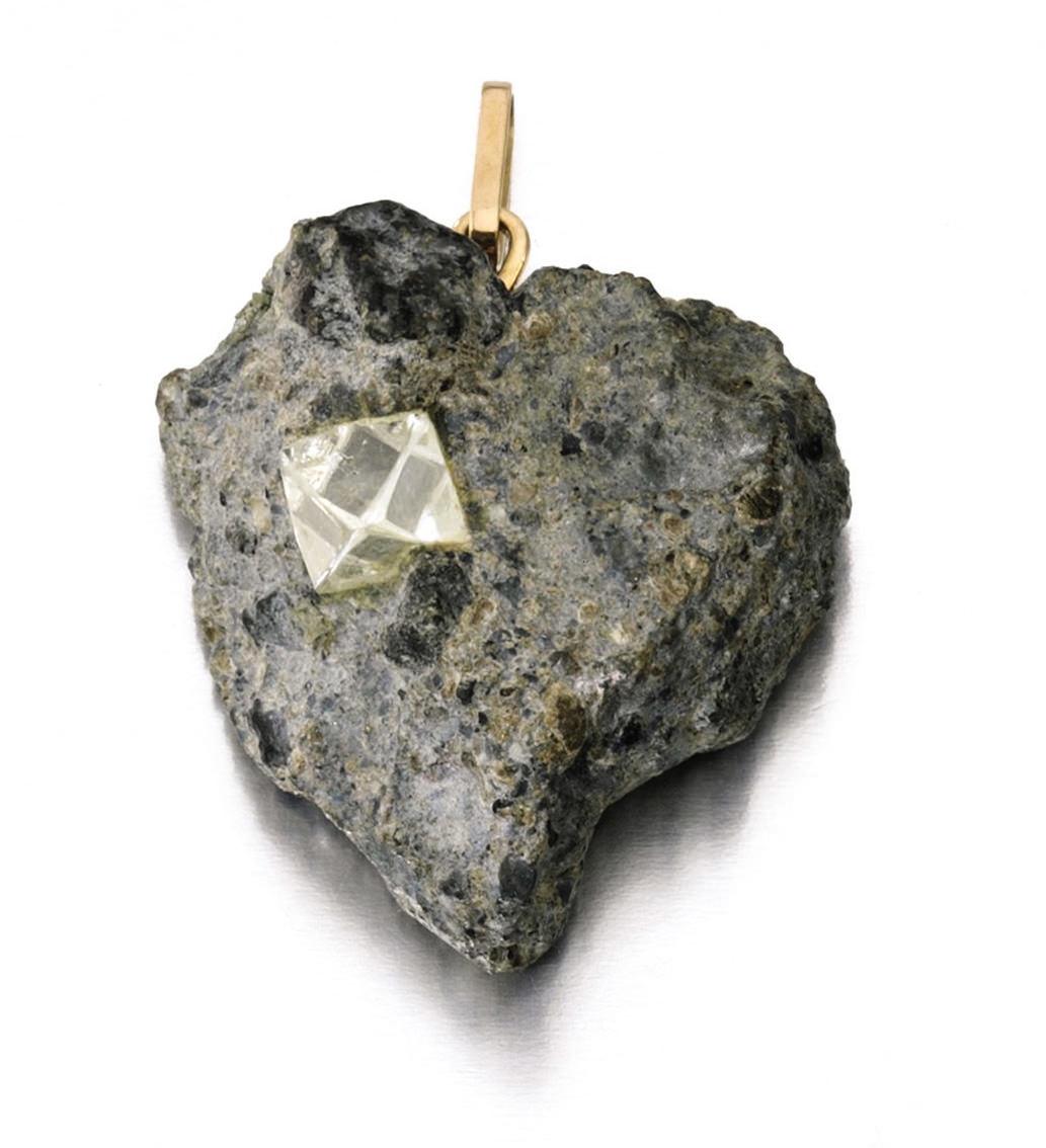 Gina Lollobrigida Colgante con diamante incrustado en piedra Subasta Sotheby´s 2013