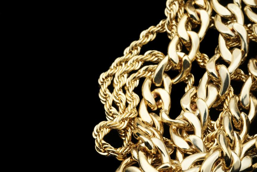 122b8494b5fe Como limpiar una cadena de oro amarillo - Corazón de Joyas