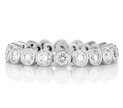 Alianza de Boda en diamantes y oro blanco De Beers