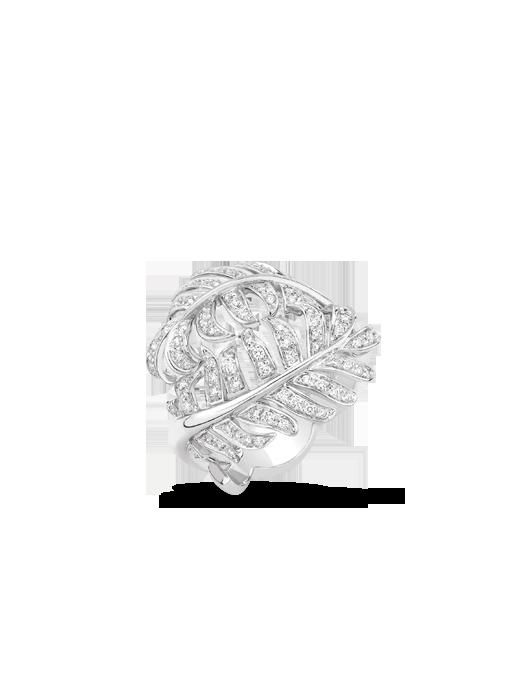 Anillo Plume 1932 de Chanel en oro blanco de 18 quilates y diamantes