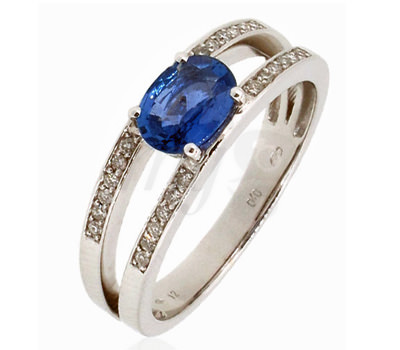 Anillo Belancy en oro blanco, zafiro azul y diamantes