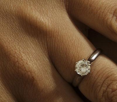 Criterios para comprar un anillo de diamantes