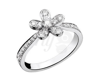 4.- Solitario Socrate en diamantes de Van Cleef & Arpels