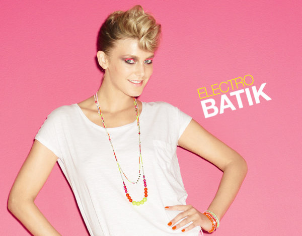 Electro Batik de Agatha Paris, chic y eléctrica