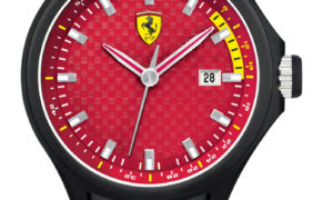 La línea Scuderia Ferrari llega a España