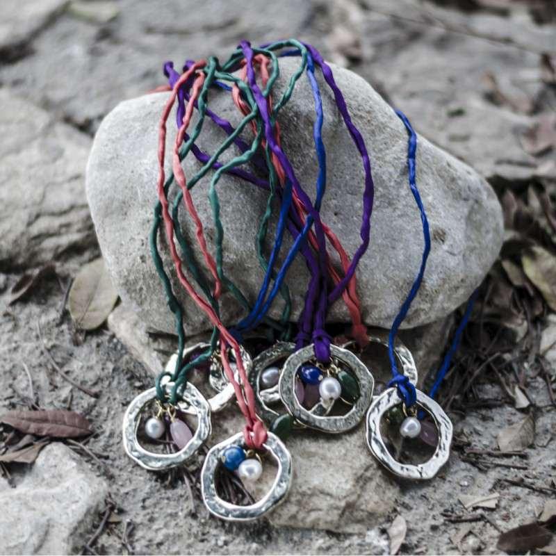 collares-seda-gloria-velazques-accesorios