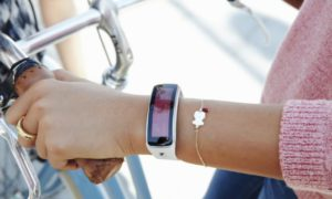 El smartphone Gear Fit Tous for Samsung