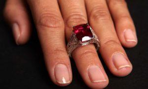 El anillo de rubí: ¿cómo elegir bien un anillo de rubíes?