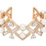 Swarovski, joyas de moda doradas como el sol