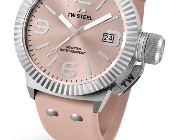 TW Steel Candy Pink, relojes con tendencia rosa pastel