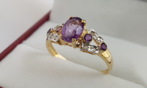 Comprar y vender joyas en internet