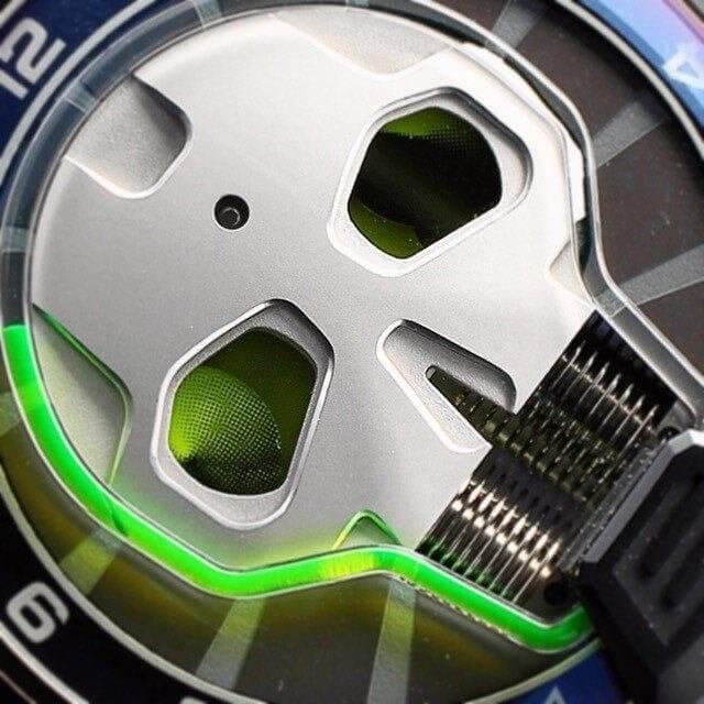 HYT los relojes hidromecánicos