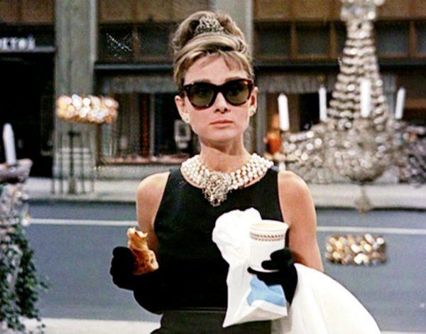 Tiffany desayuna con diamantes