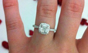 El anillo de pedida de mano perfecto