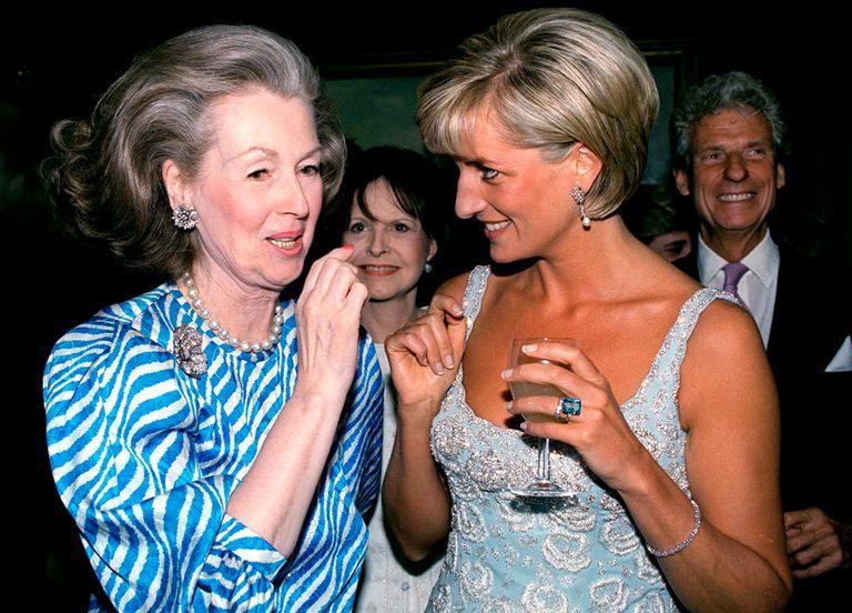El-anillo-de-Diana-de-Gales-Meghan-Markle