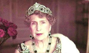 La tiara Cartier de la Corona Real Española