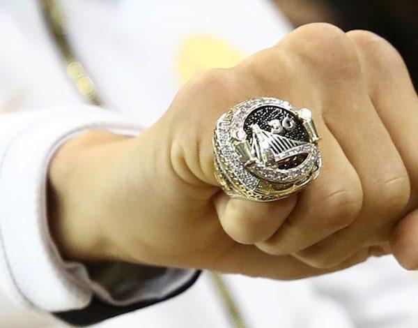 El anillo NBA para los campeones