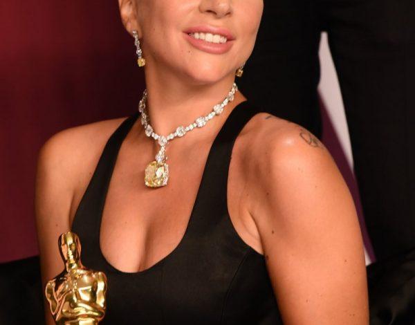 La joya de millones de Lady Gaga en los Oscars